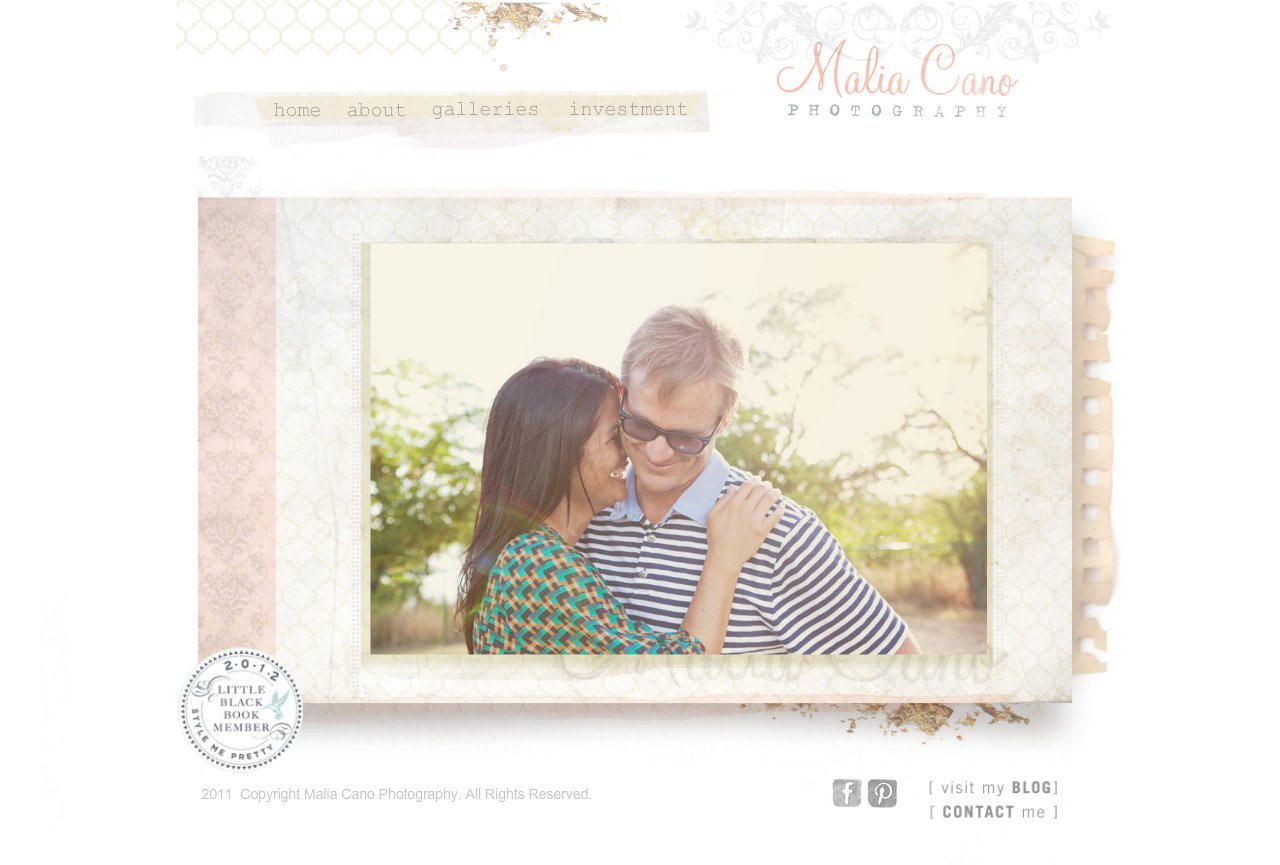 Vintage Inspired Wedding and Family Photographer based in Oahu, Hawaii.
