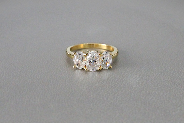 Oval Three Stone Diamond Engagement Rings Three Stone Oval Engagement