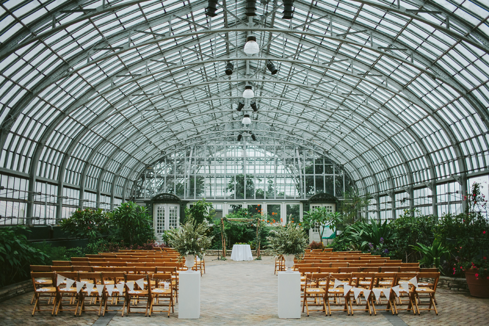 Greenhouse Wedding At Garfield Park Conservatory in bloom garfield park conservatory wedding