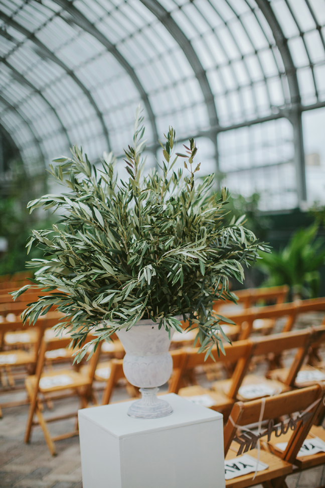 Life In Bloom Chicago Wedding Florist Garfield Park Conservatory Wedding By Life In Bloom